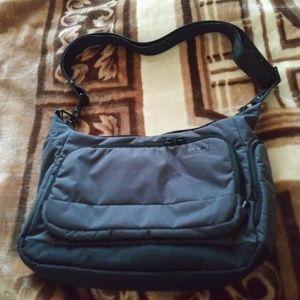 Handbags - Pacsafe citysafe LS200 crossbody bag